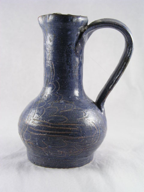 jug  [Click here to see more information about this item]